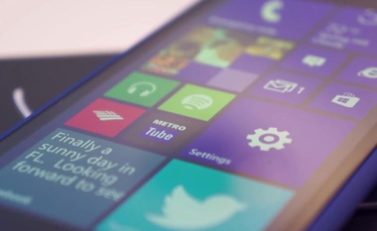 HTC 8X Segera Dapatkan Akses ke Windows 10 Mobile Preview