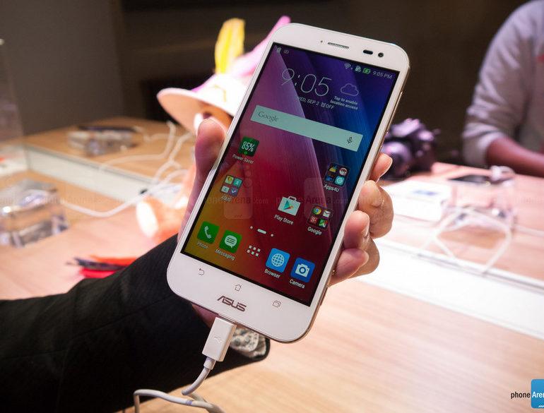 Asus Pamer Zenfone Zoom di IFA 2015, Smartphone Kamera Sentris Dengan 3x Optical Zoom