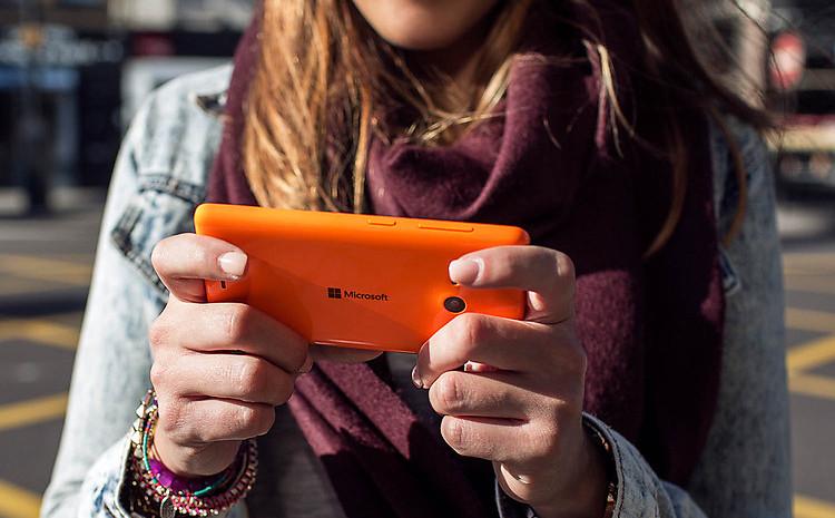 Screenshot Sistem Microsoft Lumia 950 XL Muncul dan Konfirmasi Bocoran Sebelumnya