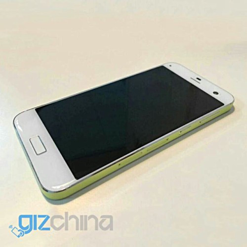 ZTE Blade S7 Gantikan S6 Dengan Duo Kamera 13MP 2