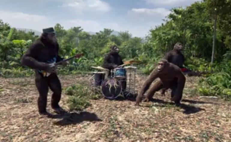 Tak Ada Personel Coldplay, Video Klip Adventure Of A Lifetime Dibintangi Oleh Simpanse