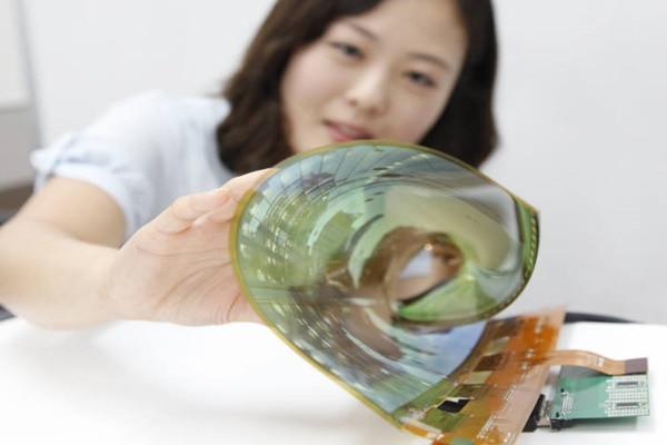 LG dan Samsung Jadi Kandidat Terkuat Pemasok Layar OLED Untuk iPhone