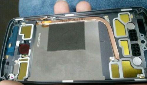 Motorola Moto X Generasi Berikutnya Bakal Gunakan Pipa Panas