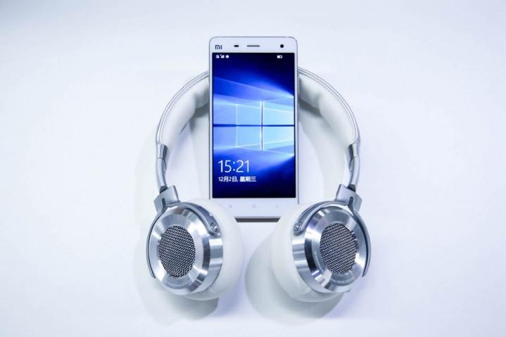 Xiaomi Mi 4 LTE Sudah Bisa Bakai ROM Windows 10 Mobile