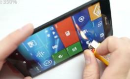 "Wow, Tangguhnya Lumia 950 XL Tak Mempan Dibakar, Masih ""Bernyawa"" Saat Dibengkokkan"
