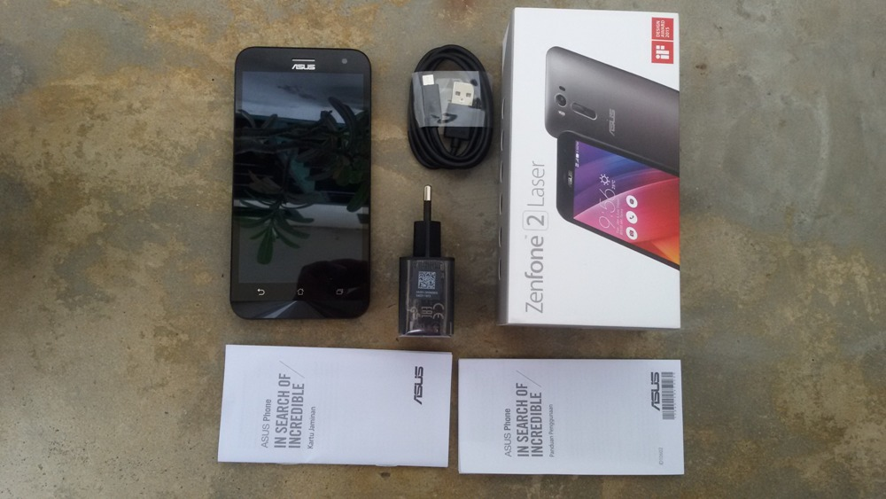 What's in the box Asus Zenfone 2 Laser ZE500KL