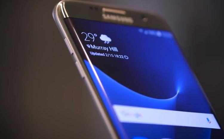iPhone 5s & Samsung Galaxy S7 Edge Primadona, Xiaomi Redmi Note 2 & Note 3 Laris Manis
