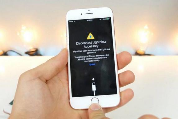 Di iOS 10, iPhone Rusak Kemasukkan Air Bakal Diperingkatkan Oleh Sistem