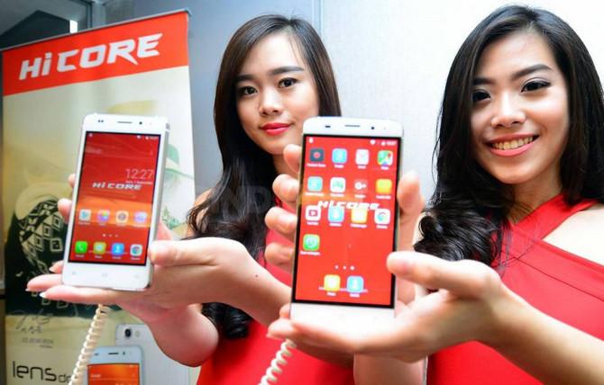 Hicore Play Z5 dan Lens DC1 Meluncur Perdana di Indonesia