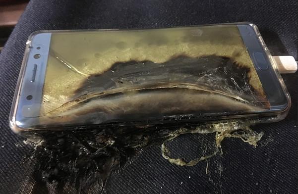 Ada Apa dengan Samsung Galaxy Note 7 Sampai Dilarang Terbang?