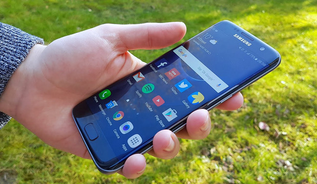Samsung Galaxy S8 Hanya Akan Berlayar Lengkung
