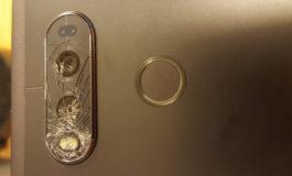 Pengguna Keluhkan Kaca Kamera LG V20 yang Rapuh dan Mudah Retak