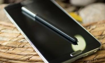 Samsung Galaxy Note 3 Lite Bakal Pakai Layar 5,7 Inci?