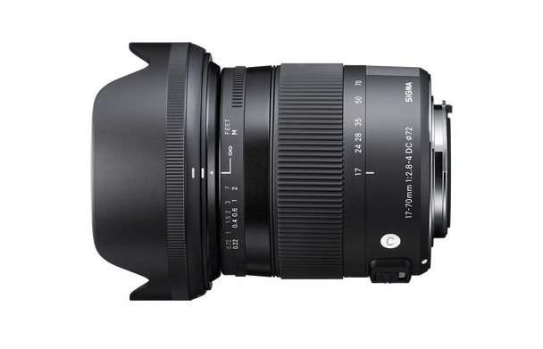 Lensa 17-70mm f/2.8-4