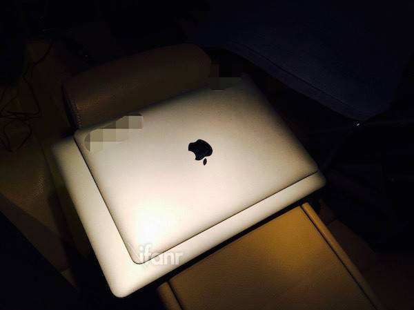 MacBook Air 12 Inci 1