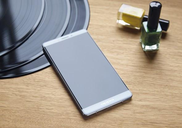Oppo R7 Plus 01