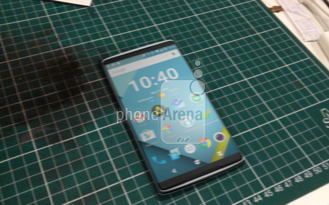 Dua Sisi OnePlus 2 Terlihat Dalam Bocoran Gambar 1