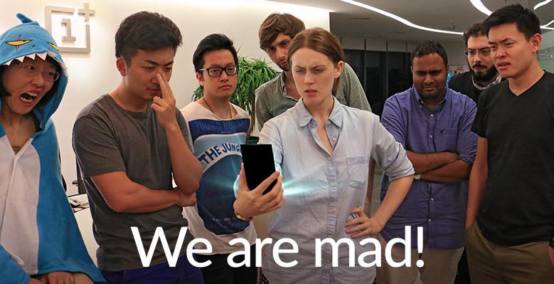 Staf OnePlus dihadapan OnePlus 2