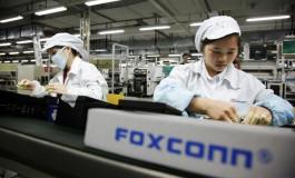 Foxconn dan Sharp Integrasikan Upaya Pemasaran Sharp dan Nokia