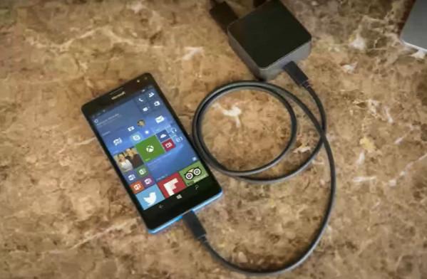 Penampakan Pertama Lumia 950 (Talkman) dan Lumia 950 XL (Cityman)