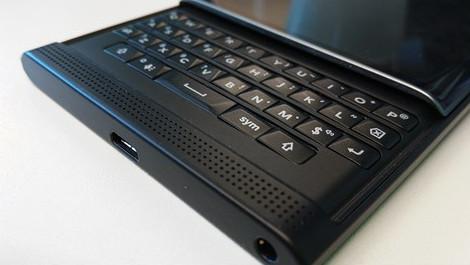 Blackberry Priv Kembali Perlihatkan Wujudnya 4