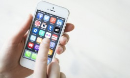 Apple Semaikan iOS 9.3.2 Untuk Kurangi Bug