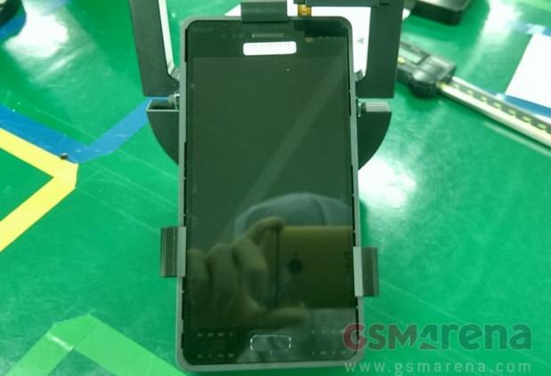 Gambar Nyata Layar & Modul Kamera Samsung Galaxy S7 Terlihat Dalam Bocoran Gambar