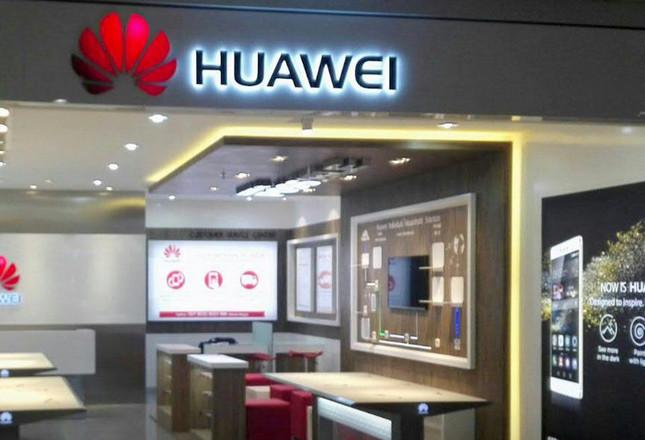 Huawei Buka Serice Center Baru di Jember, Jawa Timur