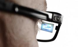 Bareng Oakley, Intel Bikin Kacamata Pintar