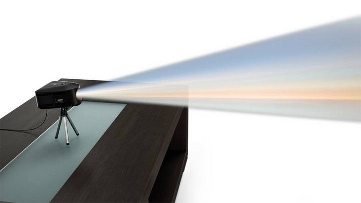 Lenovo IdeaCentre 610S, Dengan Proyektor Bisa Bekerja Tanpa Layar
