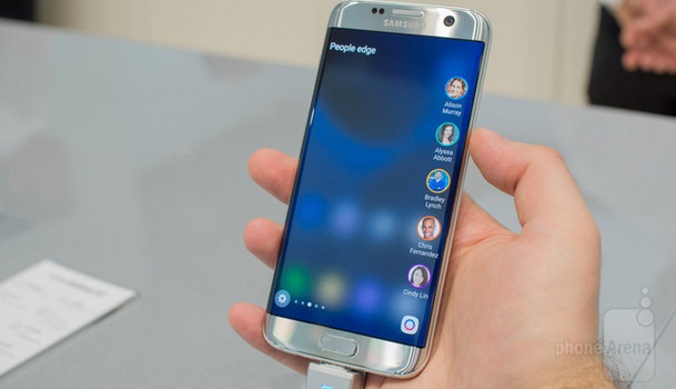 Ini Edge UX Baru yang Ada di Samsung Galaxy S7 edge