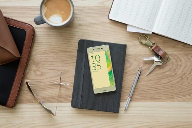 Tak Ada Quick Charge 3.0 di Sony Xperia X & Xperia X Performance