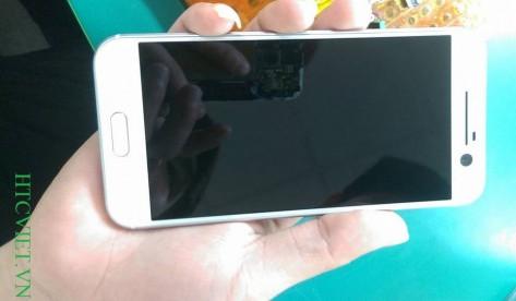 Gambar Bocoran Baru Perlihatkan HTC 10 Warna Putih
