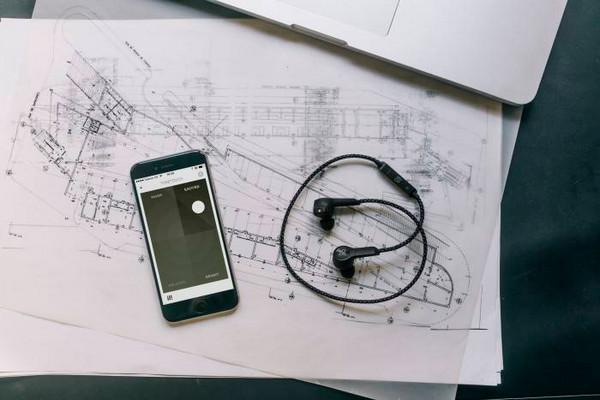 Bang & Olufsen Umumkan Earphone Nirkabel Beoplay H5