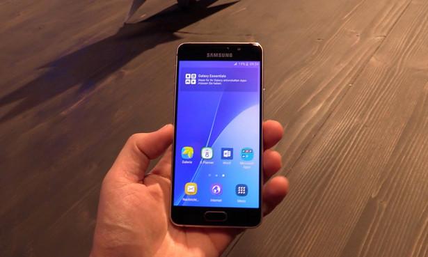 Giliran Samsung Galaxy A3 (2017) Nampang di GFXBench