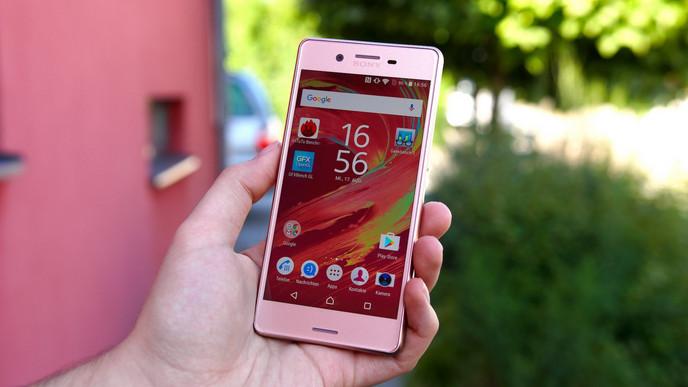 Pengguna Sony Xperia X Performance Sudah Mulai Bisa Daftar Android Nougat Beta