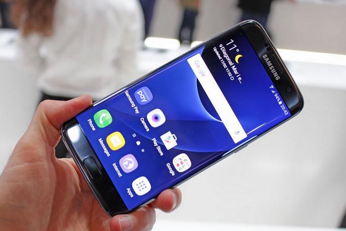 Note 7 Dibatalkan, Produksi Samsung Galaxy S7 & S7 Edge Digenjot untuk Tutupi Kerugian