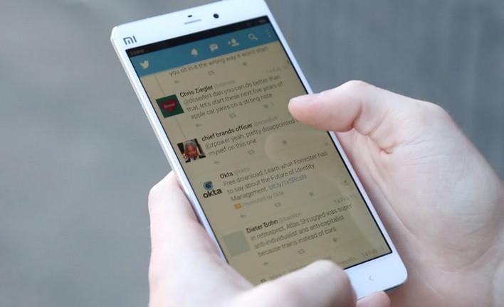 Teaser Xiaomi Mi Note 2 Tunjukkan Dual-Kamera Mirip iPhone 7 Plus Jet Black