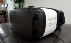 Update Terbaru Aplikasi Pendamping Gear VR Bikin Baterai Ponsel Samsung Terkuras