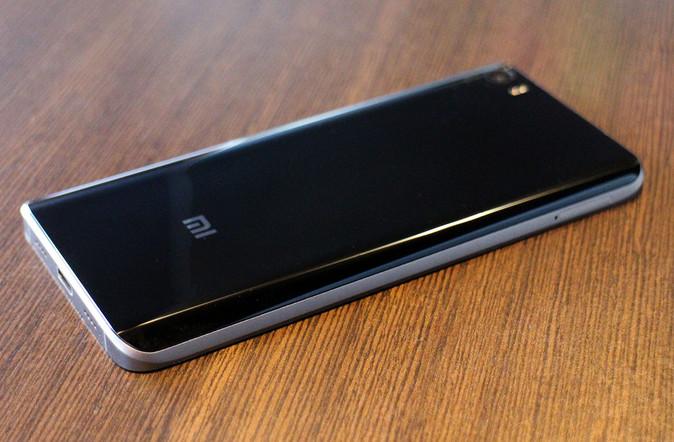 Analis: Xiaomi Mi Note 2 Bakal Jadi Flagship Termahal