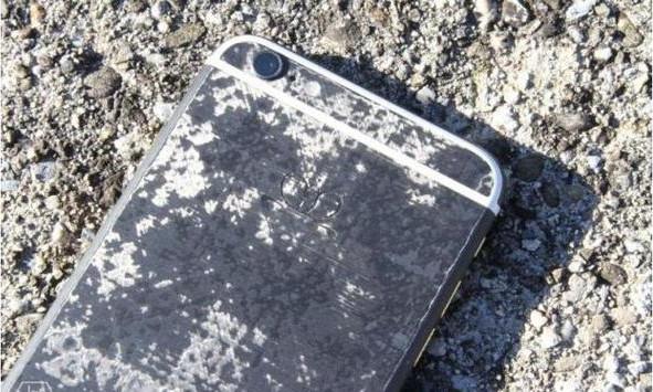 iphone-7-carbon-concept-edition-dibanderol-harga-fantastis-1