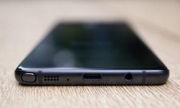 Ikut iPhone 7, Samsung Bakal Buang Jack Headphone di Galaxy S8?