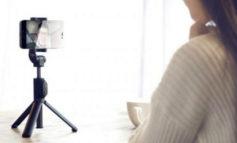 Xiaomi Bikin Mi Selfie Stick, Tongsis yang Berfungsi Ganda Sebagai Tripod
