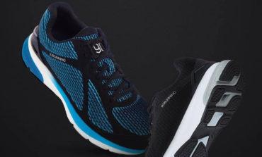 90 Minutes Ultra Smart Sportswear, Sepatu Pintar 'Berotak' Intel Milik Xiaomi Diluncurkan