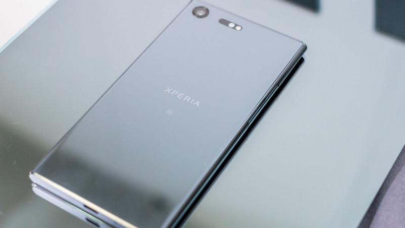 Sony Xperia XZ Premium, Smartphone Baru Terbaik